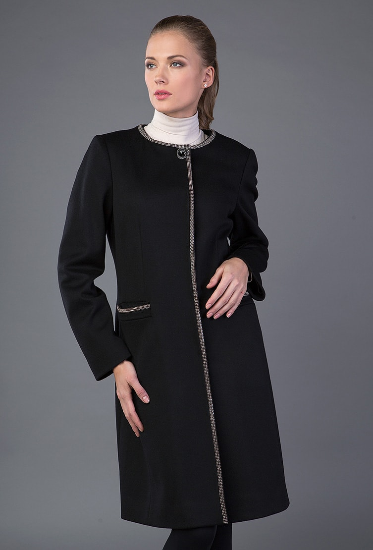 Черное приталенное пальто Teresa Tardia с контрастным кантом