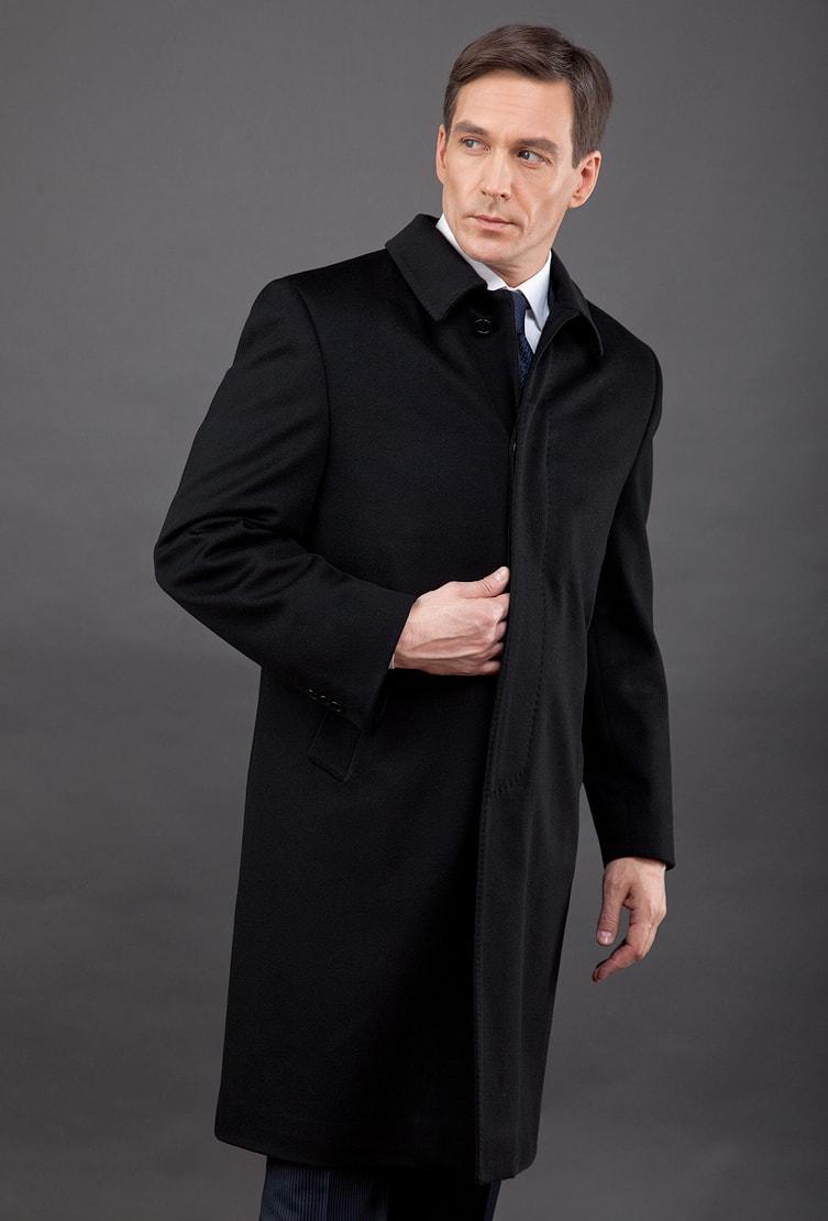 Черное мужское классическое пальто с глухим воротником Teresa Tardia