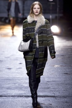 Женское зимнее пальто ниже колена из коллекции PhilippLim