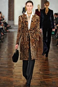Меховое зимнее пальто со звериным принтом от Missoni