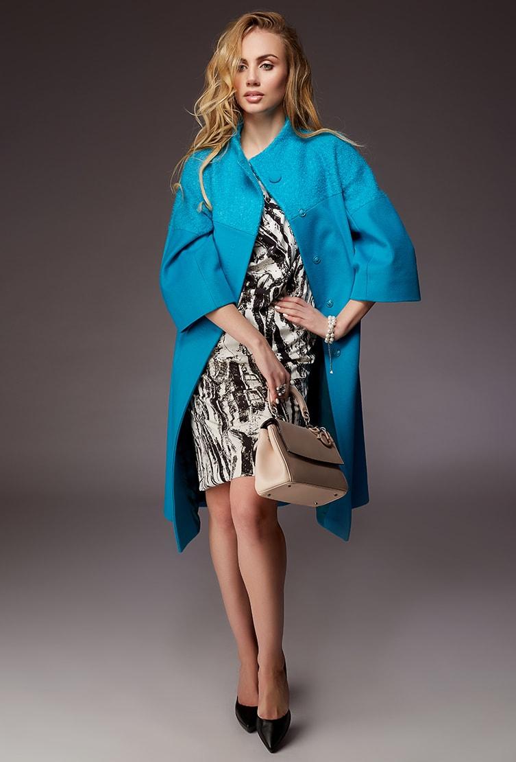 Женское пальто оверсайз с рукавом три четверти сезона осень-зима