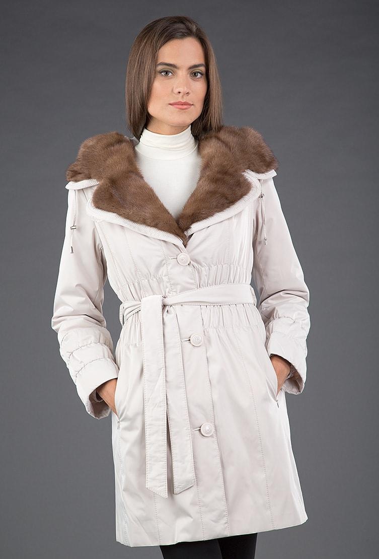Бежевое женское пальто на меху Garioldi из коллекции осень-зима