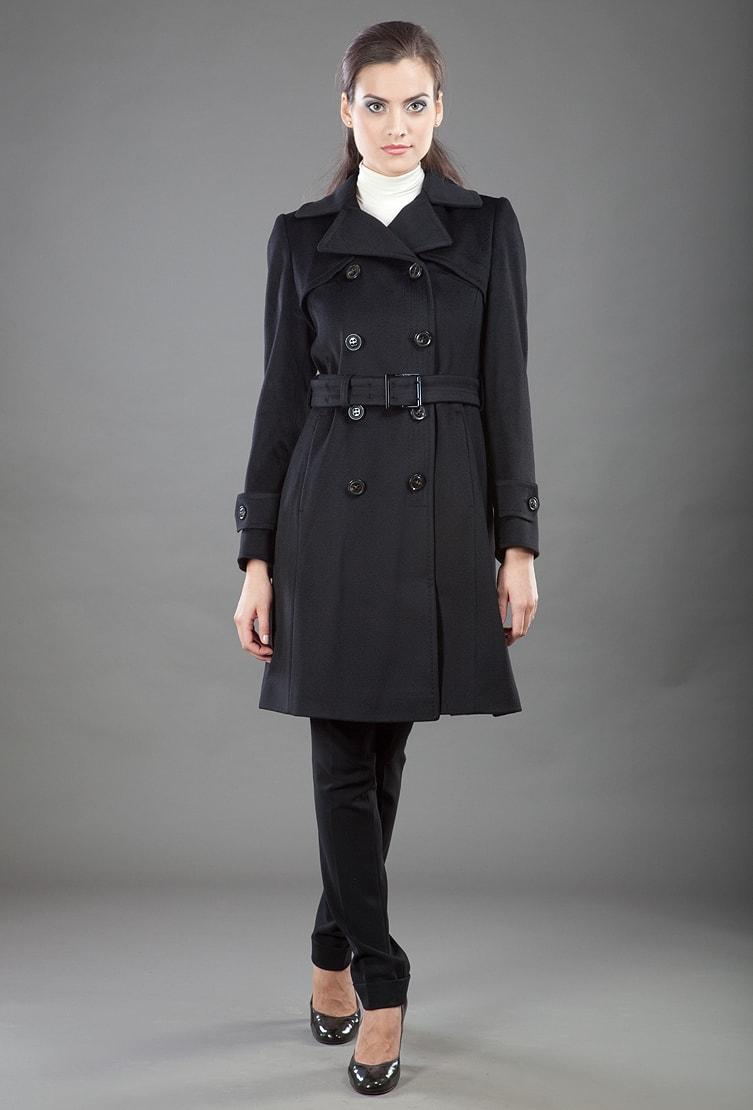 Двубортное женское пальто Teresa Tardia из коллекции осень-зима
