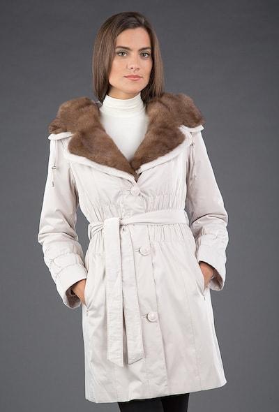 Бежевое женское пальто на меху Garioldi с норковым воротником