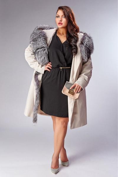 Короткое женское пальто на меху для зимы Garioldi цвета слоновой кости