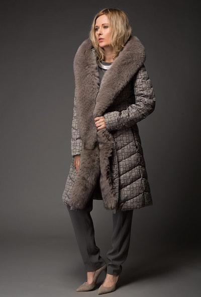 Женское пуховое пальто Visconf/Violanti с мехом песца