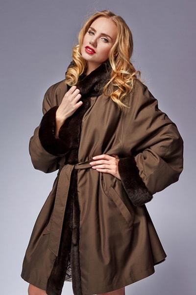 Укороченное стильное пальто-кокон Teresa Tardia
