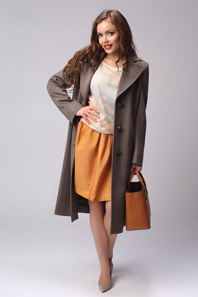 Классическое женское пальто Teresa Tardia табачного цвета