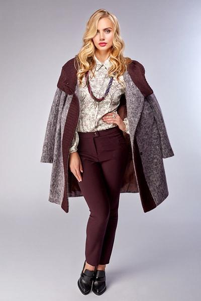 Элегантное бежевое пальто с вязаным воротником-шалькой Teresa Tardia
