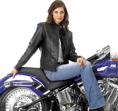 Мотоциклетная женская кожаная куртка