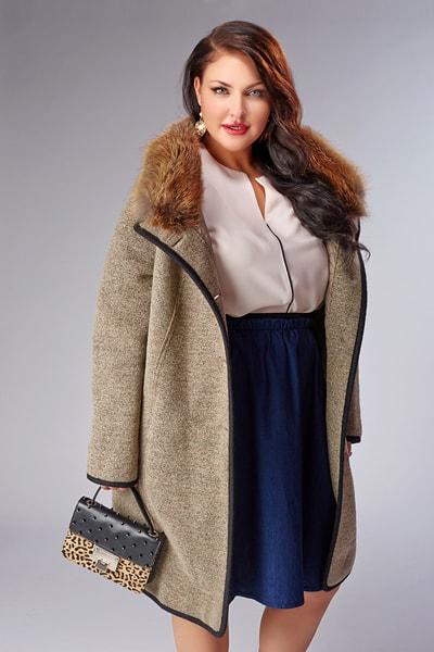 Элегантное женское пальто Violanti на большой размер