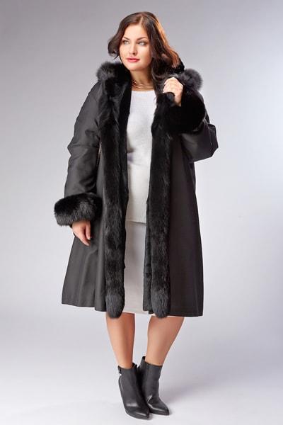 Черное пальто Garioldi на кроличьей подстежке с пышным воротником