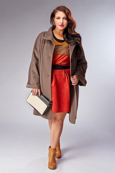 Женское классическое пальто Teresa Tardia на большой размер