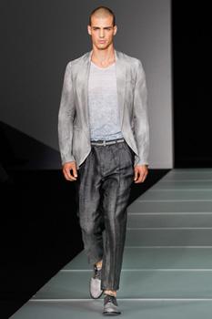 Кожаные куртки весна 2012 от Emporio Armani Шик