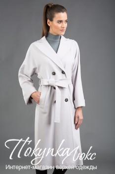 Классическое осеннее пальто, выполненное из шерсти Loro Piana