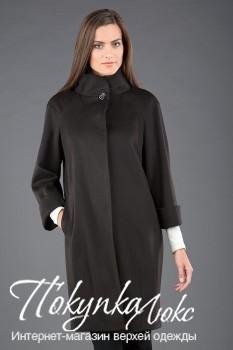 Женское пальто в стиле минимализм из осенней коллекции Teresa Tardia