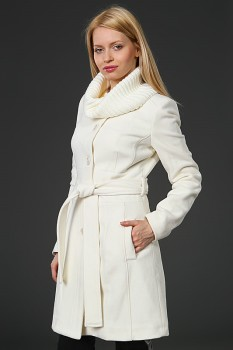 Модное женское пальто из шерсти с воротником-стойкой