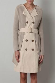 Женское двубортное пальто с эффектом многослойности