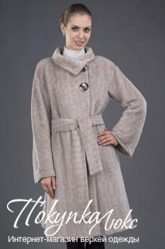 Светлое женское пальто Teresa Tardia
