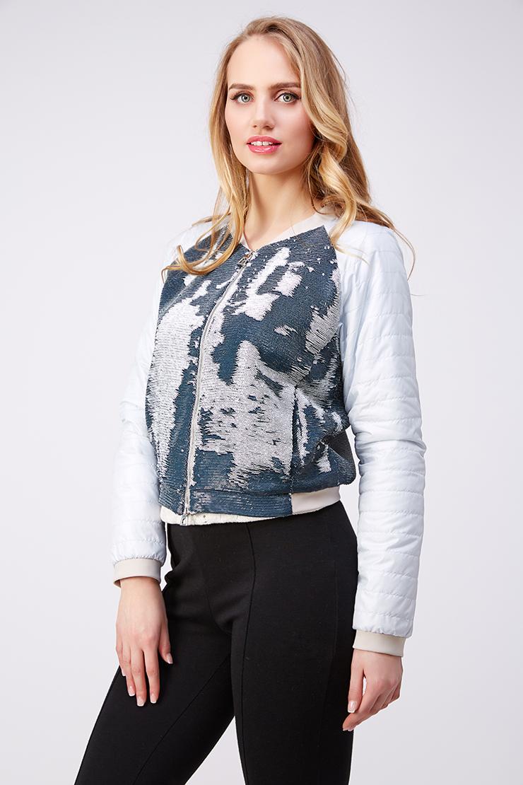 Легкая куртка для миниатюрных девушек украшенная пайеткамиКуртки<br>Легкая куртка для миниатюрных девушек украшенная пайетками<br>Цвет: голубой; Размер: 40, 44; Состав: 95% п/э, 3% вискоза, 2% эластан; Материал: 95% п/э, 3% вискоза, 2% эластан;