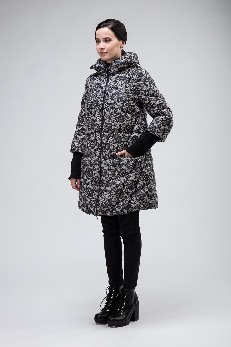 Купить со скидкой Женская длинная расклешенная куртка
