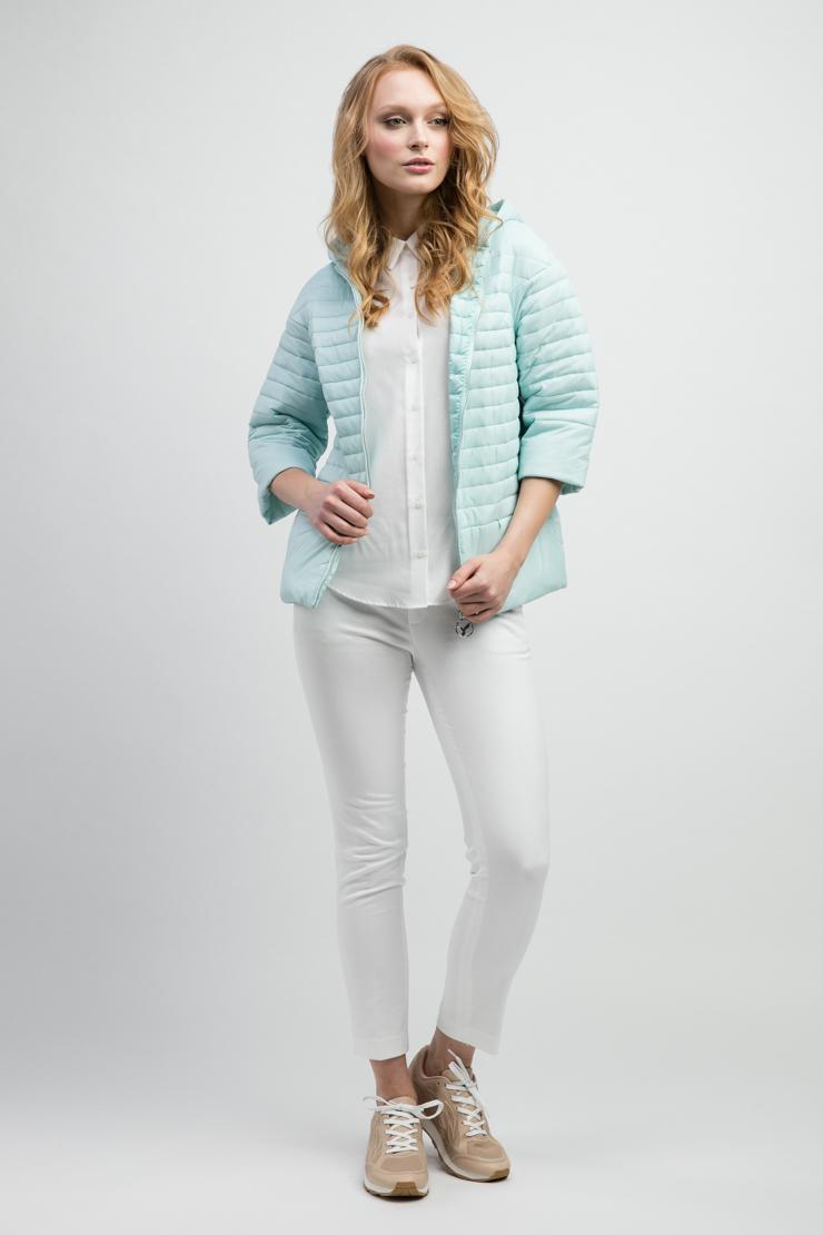 Короткая женская куртка нежно-голубого цвета с рукавом 3/4 ODRI 17410613/03-голубой