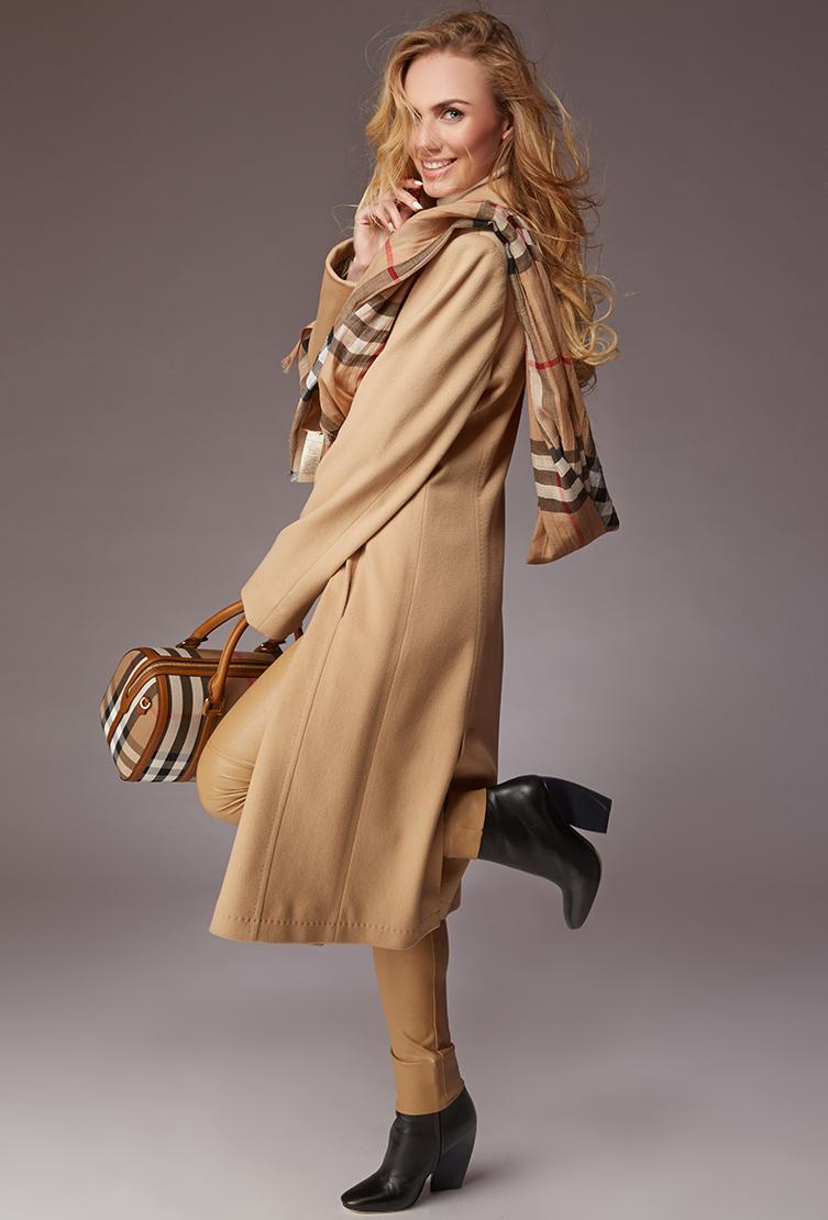 Женское пальто бежевого цвета с английским воротником Teresa Tardia 39645/T74-бежевый