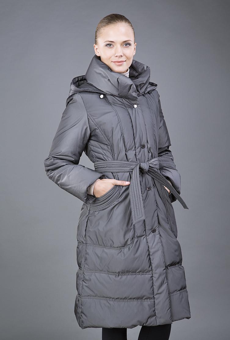 Женское пальто на пуху для зимнего сезонаПуховики<br>Женское пальто на пуху для зимнего сезона<br>Цвет: серый; Размер: 40; Состав: 100% полиэстер, наполнитель 80% пух, 20% перо; Материал: 100% полиэстер, наполнитель 80% пух, 20% перо;