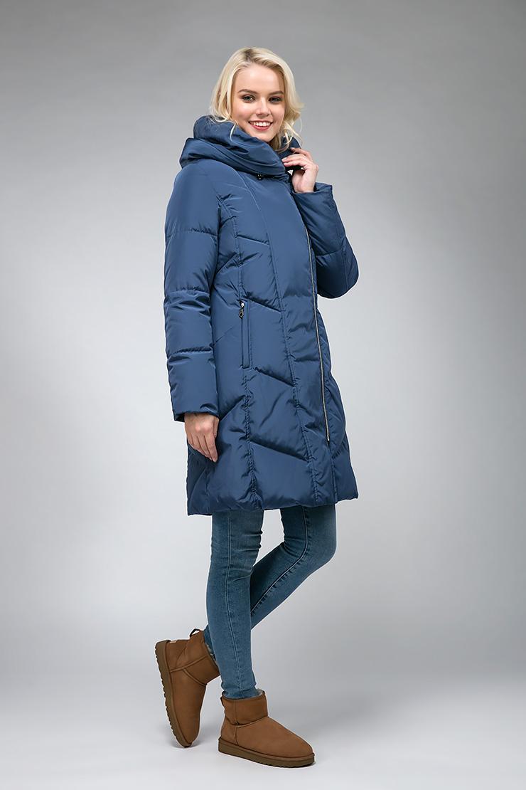 Женский финский пуховик с асимметричной молнией