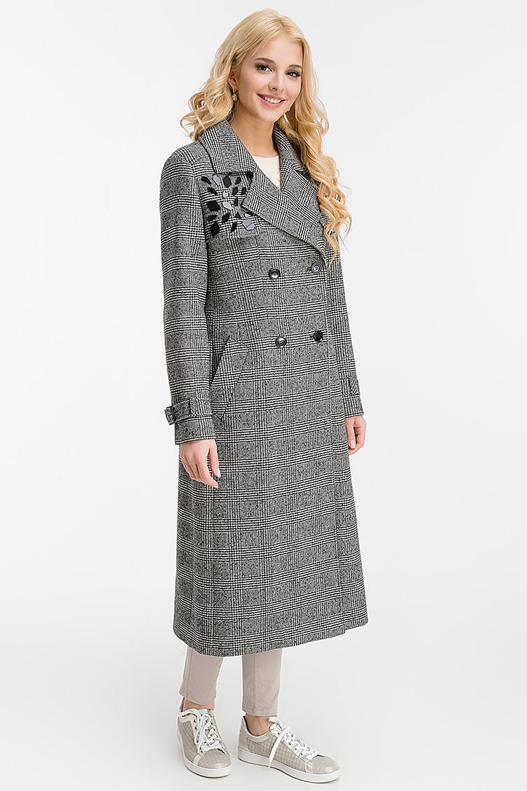 Приталенное длинное пальто из шерсти с английским воротником фото