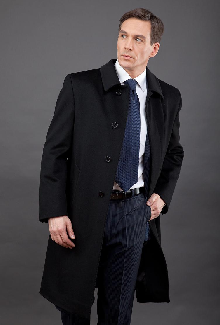 Мужское пальто большого размера из ИталииПальто<br>Мужское пальто большого размера из Италии<br>Цвет: черный; Размер: 50, 52, 54, 56, 58, 60, 62; Состав: 100% шерсть LoroPiana ШтормСистем; подкладка 55% ацетат, 45% вискоза; Материал: 100% шерсть LoroPiana ШтормСистем; подкладка 55% ацетат, 45% вискоза;