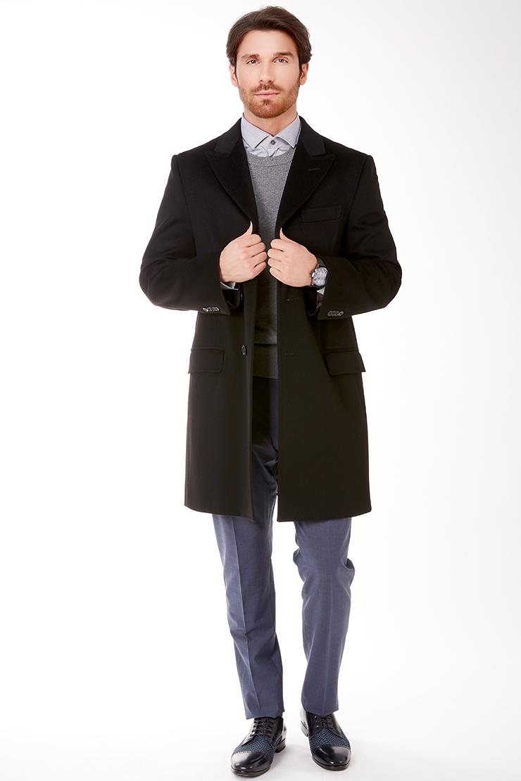 Мужское прямое пальто из шерсти с английским воротникомПальто<br>Мужское прямое пальто из шерсти с английским воротником<br>Цвет: черный; Размер: 56; Состав: 100% шерсть LoroPiana ШтормСистем; подкладка 55% ацетат, 45% вискоза; Материал: 100% шерсть LoroPiana ШтормСистем; подкладка 55% ацетат, 45% вискоза;