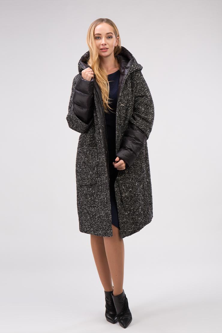Стильное демисезонное женское пальто из драпаПальто<br>Стильное демисезонное женское пальто из драпа<br>Цвет: черный; Размер: 50, 52; Состав: 30% шерсть, 70% полиэстер; подкладка - 100% полиэстер; утеплитель - 80% файбертек, 20% пух; Материал: 30% шерсть, 70% полиэстер; подкладка - 100% полиэстер; утеплитель - 80% файбертек, 20% пух;