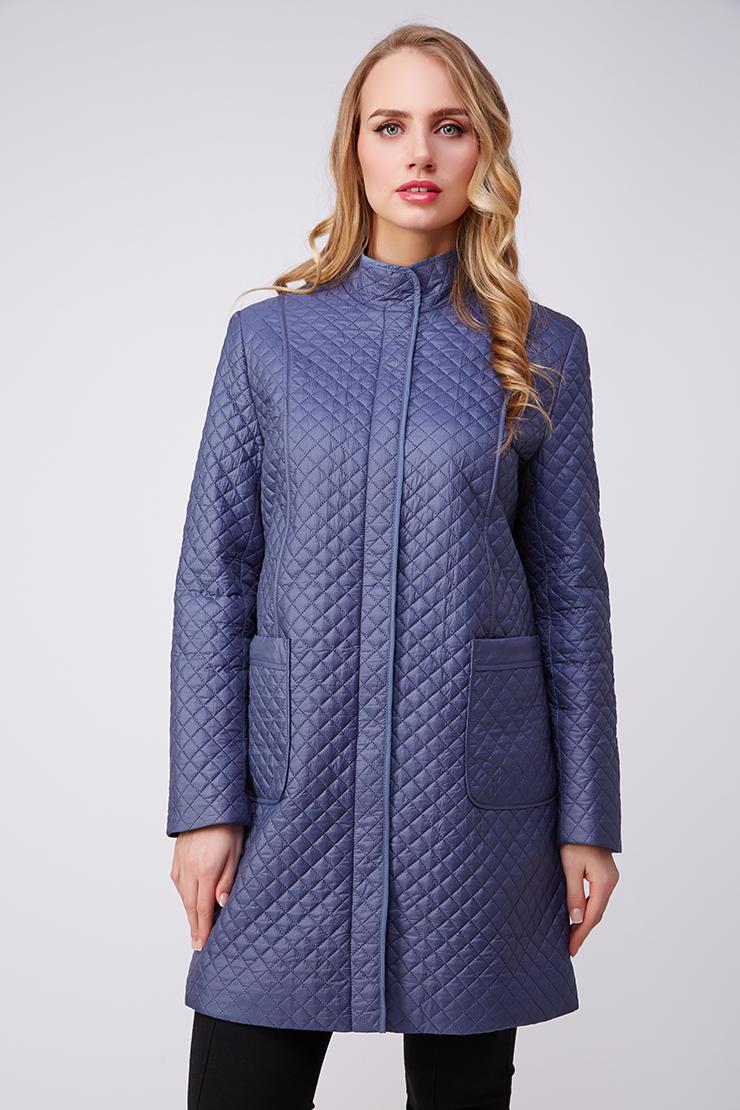 Купить со скидкой Женское пальто синего цвета на синтепоне