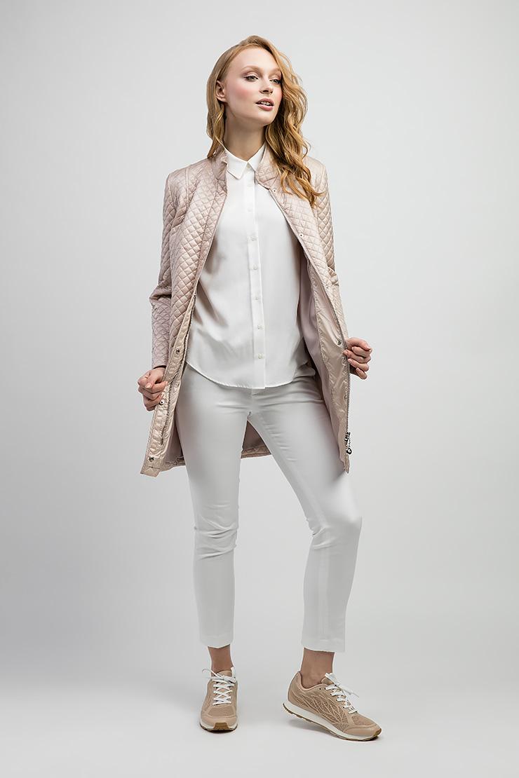 Длинная женская куртка с воротником-стойкой