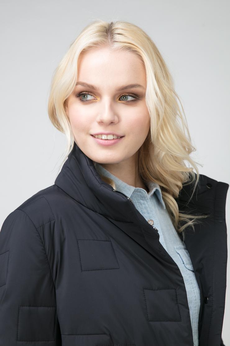 Женская утепленная куртка с воротником-стойкой фото