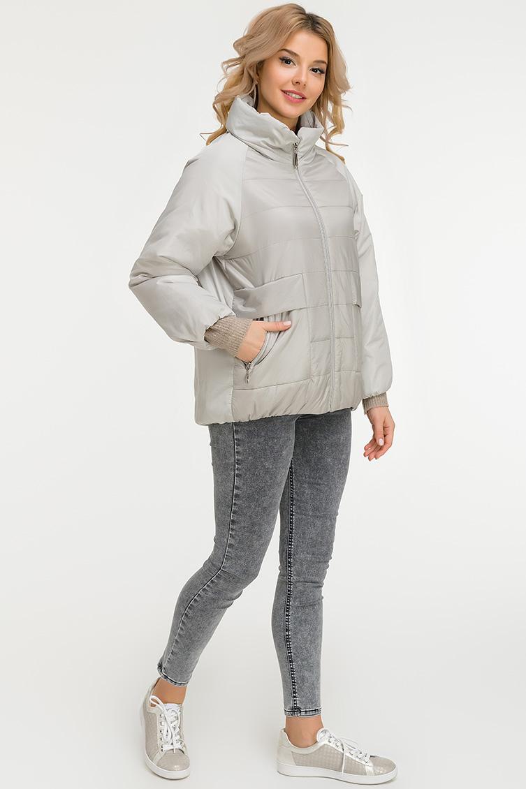 Утепленная женская куртка со съемным капюшоном фото