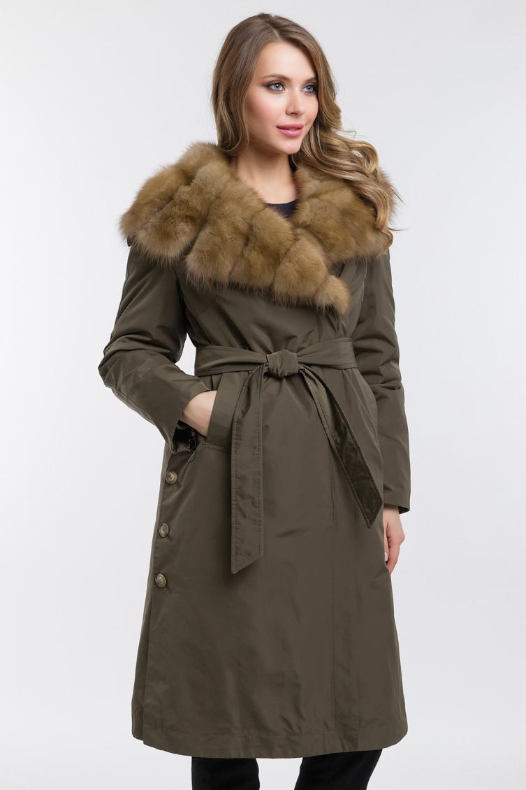 Длинное зимнее пальто утепленное мехом куницы