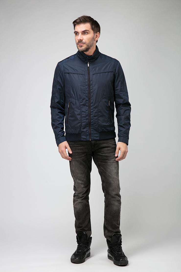 Легкая мужская куртка бомбер на молнии фото