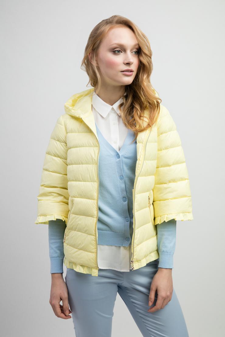 Модная женская стеганая куртка с рукавом 3/4Куртки<br>Модная женская стеганая куртка с рукавом 3/4<br>Цвет: желтый; Размер: 42, 44, 46, 48, 50; Состав: 100% п/э, подкладка - 100% п/э; наполнитель - натуральный пух 90/10; Материал: 100% п/э, подкладка - 100% п/э; наполнитель - натуральный пух 90/10;