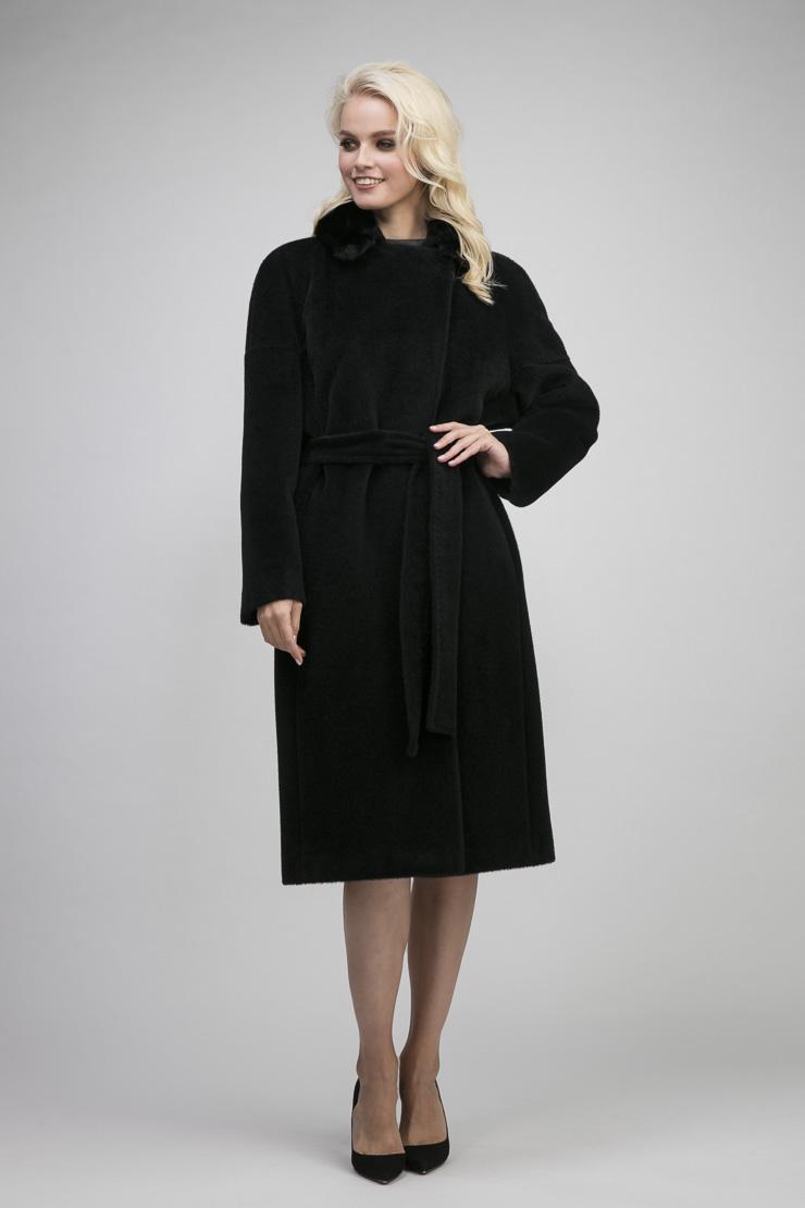 Купить со скидкой Пальто на большой размер из альпака с мехом норки