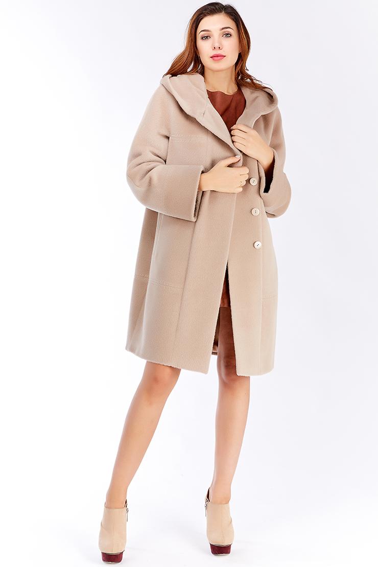 Пальто из альпака сури российского производства фасона оверсайз. Производитель: Leoni Bourget, артикул: 23525