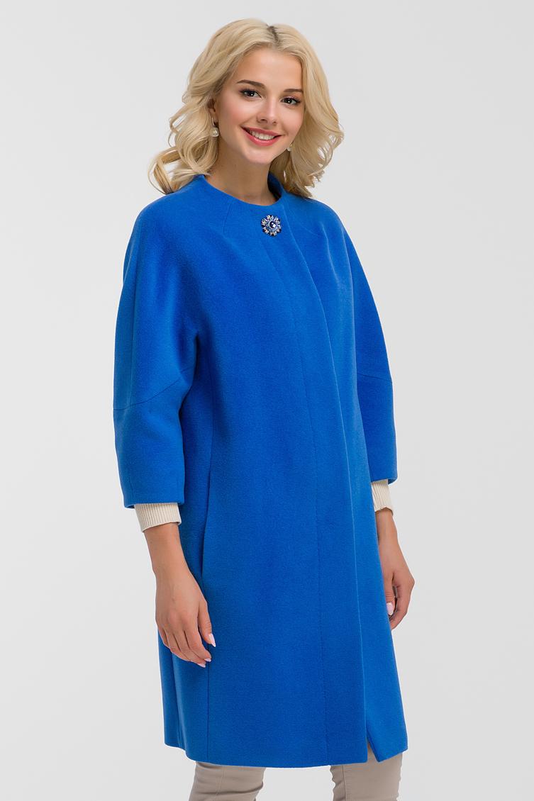 Пальто средней длины оверсайз из шерсти с ангоройПальто<br>Пальто средней длины оверсайз из шерсти с ангорой<br>Цвет: васильковый; Размер: 44, 46, 48, 54, 56, 66, 70; Состав: 50% - ангора, 50% -  шерсть; подкладка - 55% вискоза, 45% п/э; Материал: 50% - ангора, 50% -  шерсть; подкладка - 55% вискоза, 45% п/э;