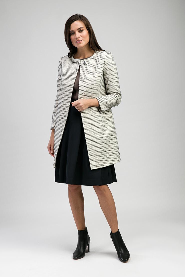 Шерстяное короткое пальто российского производства, Elisabetta