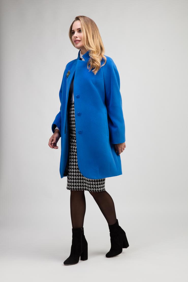 Женское пальто реглан без меха из ангоры и шерстиПальто<br>Женское пальто реглан без меха из ангоры и шерсти<br>Цвет: васильковый; Размер: 44, 46, 52; Состав: 50% - ангора, 50% -  шерсть; подкладка - 55% вискоза, 45% п/э; Материал: 50% - ангора, 50% -  шерсть; подкладка - 55% вискоза, 45% п/э;