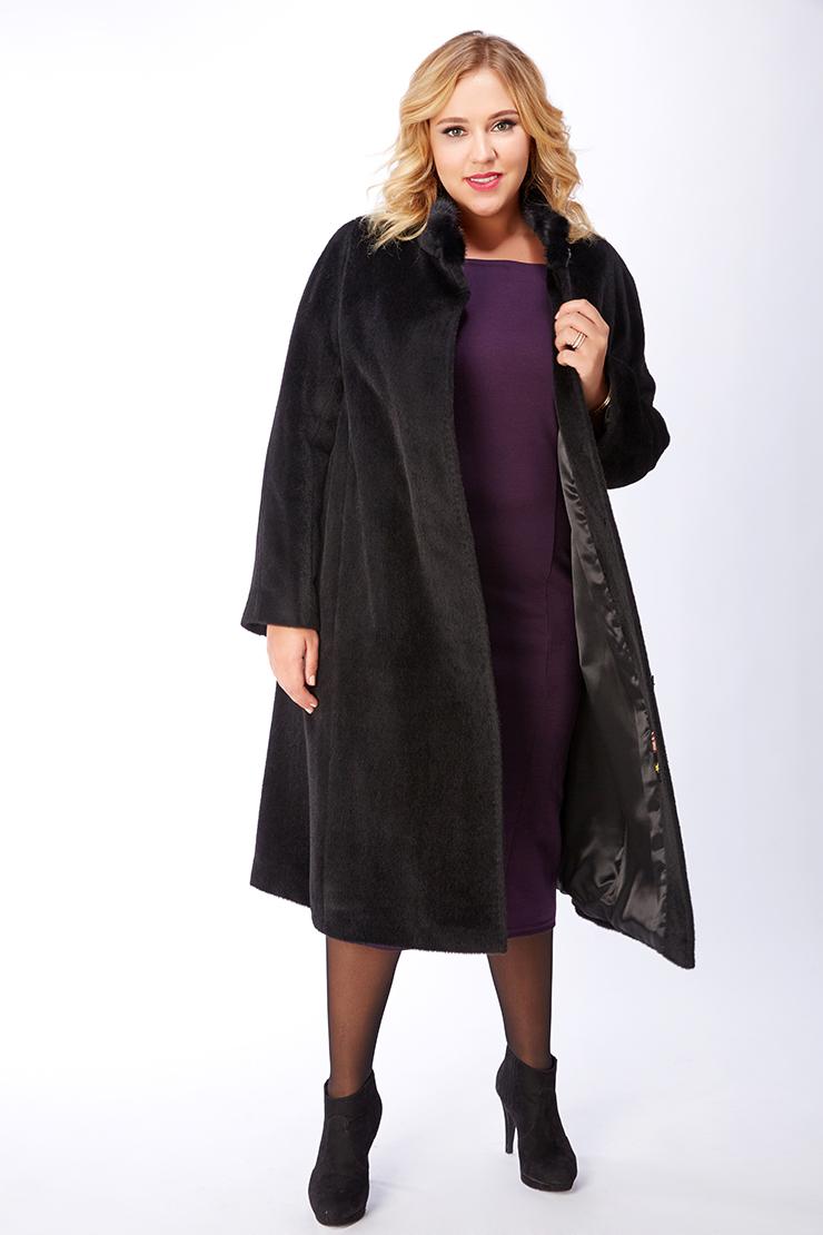 Женское пальто из альпака большого размера с воротом-стойкойПальто<br>Женское пальто из альпака большого размера с воротом-стойкой<br>Цвет: черный; Размер: 50, 52, 54, 56, 58, 60, 62, 64, 66, 68; Состав: 75% Suri alpaca (сури альпака) 25% шерсть;  подкладка - 100% вискоза; меховая отделка – норка нат; Материал: 75% Suri alpaca (сури альпака) 25% шерсть;  подкладка - 100% вискоза; меховая отделка – норка нат;