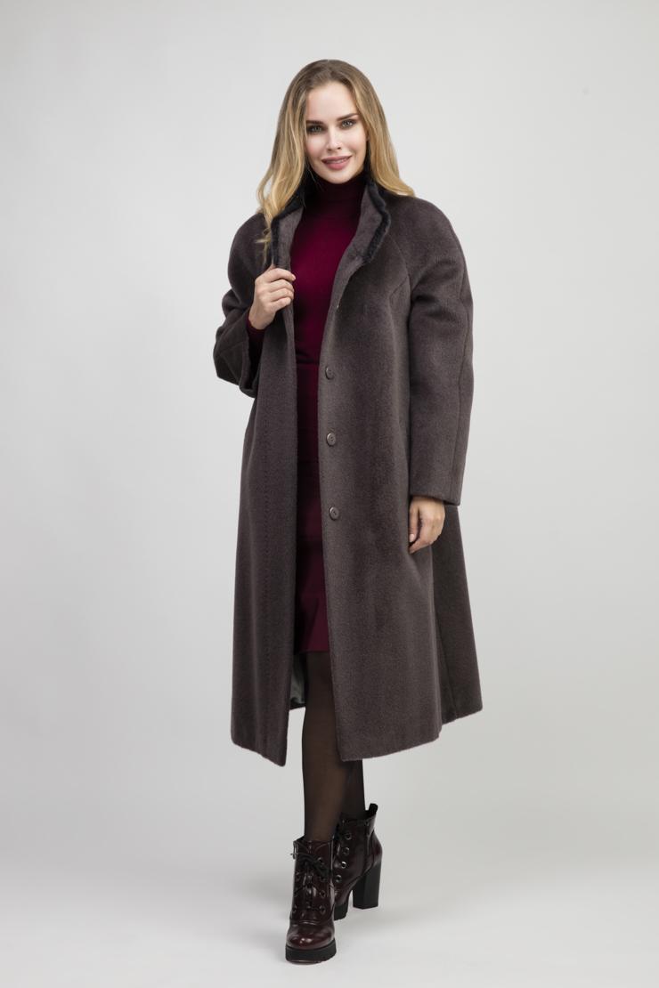 Женское длинное пальто на большой размер из альпака суриПальто<br>Женское длинное пальто на большой размер из альпака сури<br>Цвет: графит; Размер: 48, 50, 52, 54, 58, 60, 66, 68; Состав: 75% Suri alpaca (сури альпака) 25% шерсть;  подкладка - 100% вискоза;; Материал: 75% Suri alpaca (сури альпака) 25% шерсть;  подкладка - 100% вискоза;;