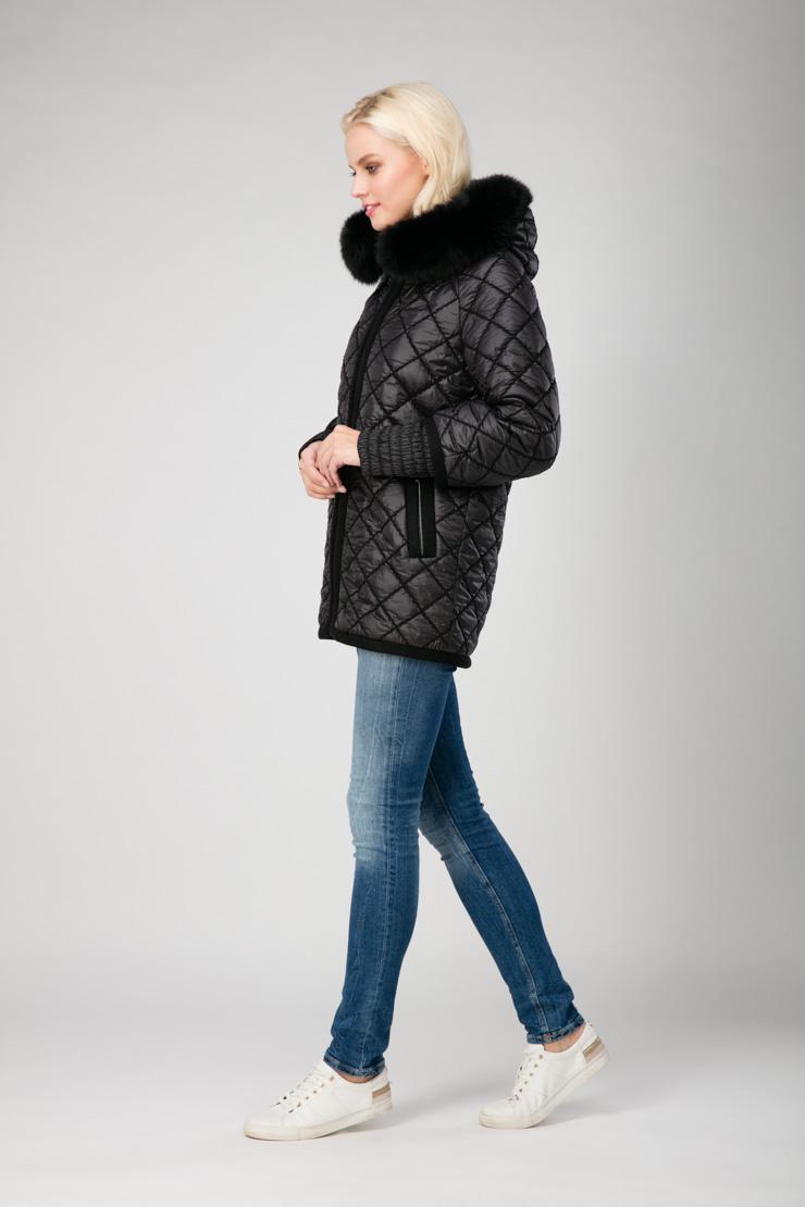 d06062efcc2 Стеганая женская куртка с мехом и капюшоном
