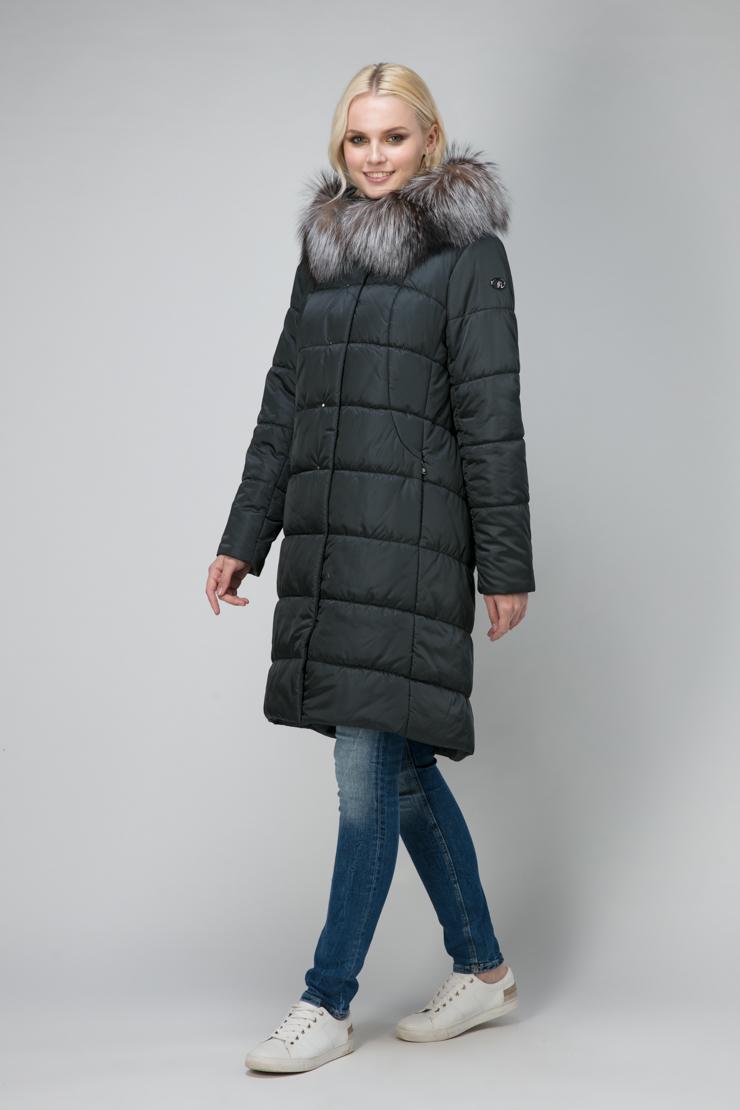 Женское пальто трапеция с капюшоном и мехомПальто<br>Женское пальто трапеция с капюшоном и мехом<br>Цвет: изумрудный; Размер: 48, 50, 52, 54, 56; Состав: 100% п/э; подкладка 100% п/э; утеплитель - изософт; меховая отделка - лиса; Материал: 100% п/э; подкладка 100% п/э; утеплитель - изософт; меховая отделка - лиса;