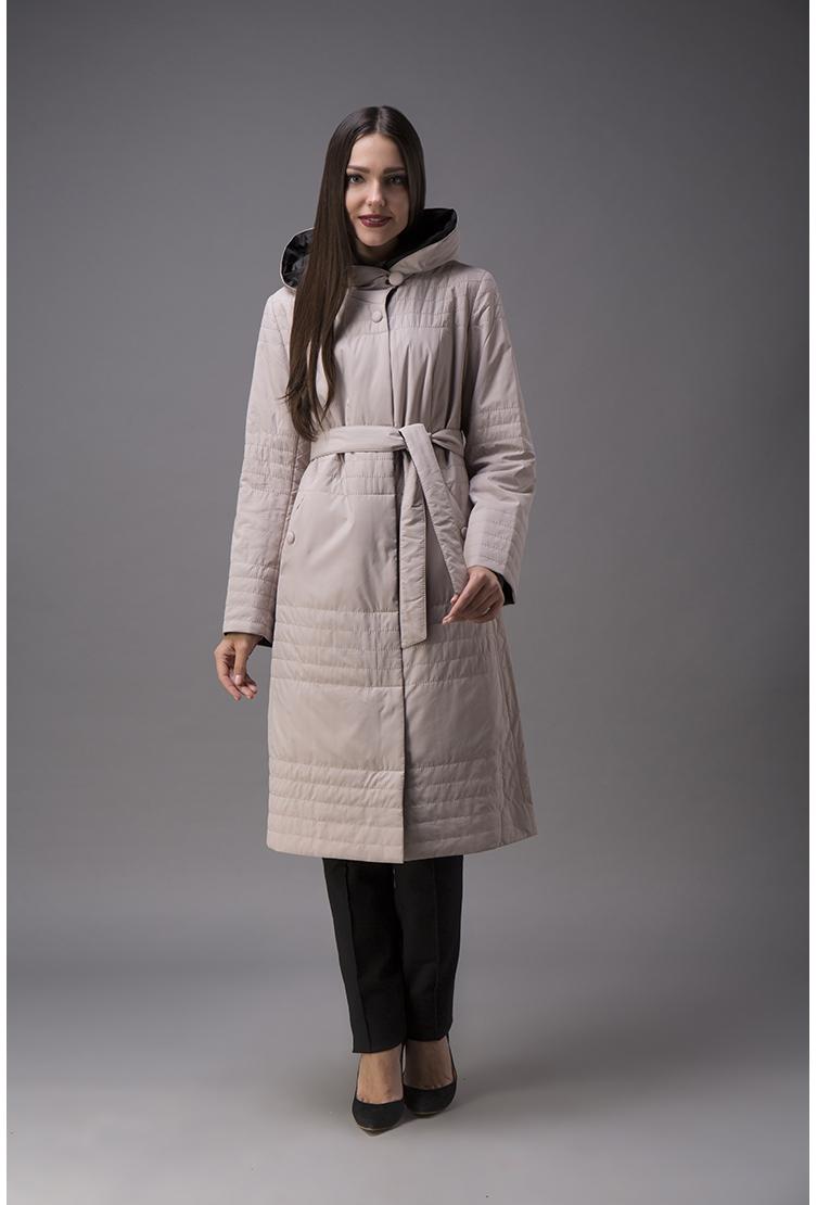 Женское приталенное длинное пальто с капюшономПальто<br>Женское приталенное длинное пальто с капюшоном<br>Цвет: бежевый; Размер: 54; Состав: 100% п/э; . наполнитель - thinsulate; Материал: 100% п/э; . наполнитель - thinsulate;